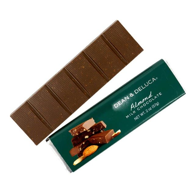 DEAN & DELUCA ミルク&アーモンドチョコレートバー